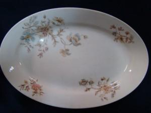 Овальная тарелка, фарфор, (Кузнецов) 1.000 рублей