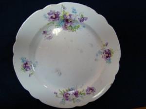 Фаянсовая тарелка (Кузнецов) 400 рублей