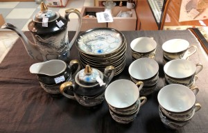 Арт 36-18 Сервиз кофейный на 12 персон. Япония. 27 предметов. 30.000 рублей