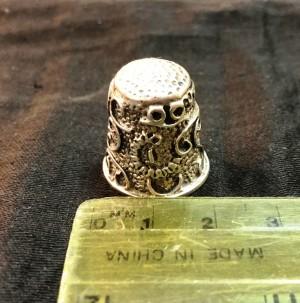 Арт 45-18 Наперсток, серебро 925 пробы, вес 13.47гр.  2000 рублей