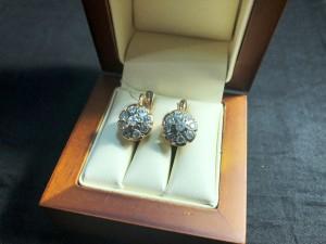 Арт 82-18 Серьги с бриллиантами, 583 проба, масса 7.36гр. 63.000 рублей