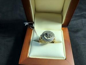 Арт 201-18 Кольцо с бриллиантами, 585 проба, размер 18.5 масса 5.45гр. 17.500 рублей