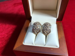 Арт 240-18 Серьги с бриллиантами, 585 проба, масса 8.69гр. 35.000 рублей