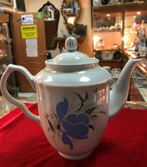 Арт 248-18 Большой фарфоровый чайник, синего цветам. 400 рублей