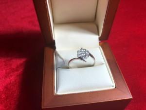 Арт 240-18 Кольцо с бриллиантами, 750 проба, размер 19.5 масса 3.03гр. 48.000 рублей