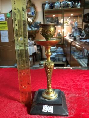 Арт 288-18 Подсвечник, бронза. на подставке из шунгита. 1800 рублей