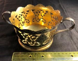 Арт 64-19 Конфетница с двумя ручками, серебро в позолоте. вес 224 гр. 14.600 рублей