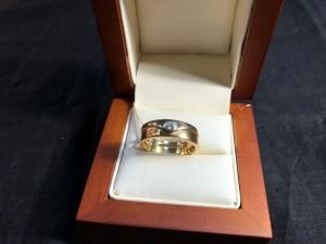 Арт 11-19 Кольцо с бриллиантом, 750 проба, размер 18, масса 5.79гр. 25.500 рублей