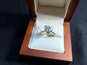 Арт 11-19 Кольцо с бриллиантом, 585 проба, размер 16, масса 2.88гр. 16.000 рублей