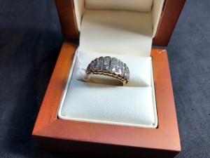Арт 404-18 Кольцо с бриллиантами, 585 проба, размер 17,5 масса 4.64гр. 18.500 рублей