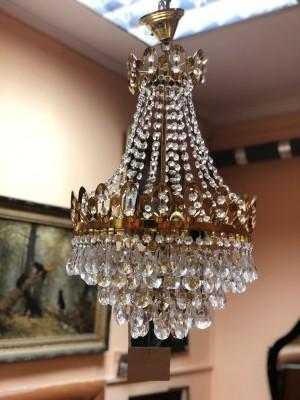 Арт 60-17 Люстра потолочная, на 5 лампочки, латунь, хрусталь. Чехословакия.  24.000 рублей