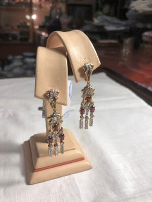 Арт 233-19 Серьги с бриллиантами и рубинами, 585 проба, масса 12.52 гр. 64.800 рублей