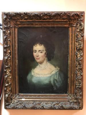 Арт 300-18 Картина, портрет девушки в раме. Европа, холст, масло, начало 19 века. 170.000 рублей