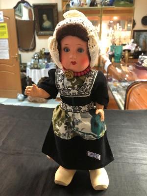 Арт 268-19 Кукла в черном наряде. 5500 рублей