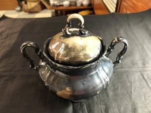 Арт 26-20 Сахарница, фарфор покрытый серебром, Бавария, Европа. Первая половина 20 века. 450 рублей