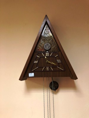 "Арт 98-21 Часы с кукушкой ""Маяк"". 1974 год. 3000 рублей"
