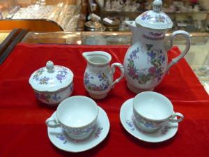 Набор из 6 чашек и 6 блюдец, фарфор Китай 1960г. декор цветы в коробке. 1,200 рублей