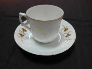 Чайная пара (фарфор кузнецов) цветы 4.500 рублей