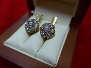 Арт 382-16 Серьги с бриллиантами, 750 проба, масса 7.59 гр. 120.000 рублей