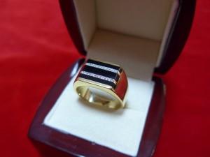 Арт 339-16 Перстень с бриллиантами, 750 проба, размер 20.5, масса 16.08 гр. 40.000 рублей