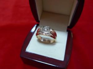 Арт 419-16 Кольцо с бриллиантом, 585 проба, размер 21, масса 8.95 гр. 44.500 рублей