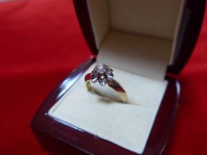 Арт 470-16 Кольцо с бриллиантом, 585 проба, размер 18, масса 4.52 гр. 22.500 рублей