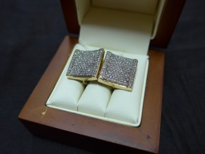 Арт 523-16 Серьги с бриллиантами, 585 проба, масса 7.98 гр.  85.000 рублей