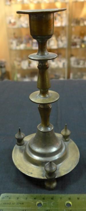 Арт 552-14 Подсвечник, латунь. конец 19 века 3000 рублей