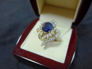 Арт 71-17 Кольцо с кианитом и бриллиантами , 750 проба, размер 16,5 масса 10.81 гр. 190.000 рублей