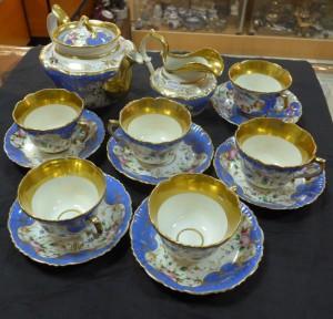 Арт 155-17 Сервиз чайный. Братья Карниловы. Фарфор,  14 предметов, середина 19 века 200.000 рублей