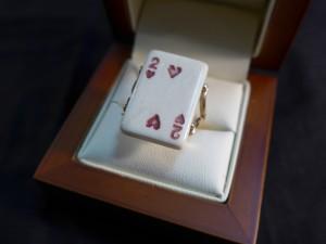 Арт 173-17 Кольцо карта, кость, 585 проба, размер 18,5 масса 6.14 гр. 36.000 рублей