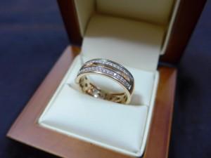 Арт 264-15 Кольцо с бриллиантами, 750 проба, размер 20,5 масса 7.53гр. 24.500 рублей