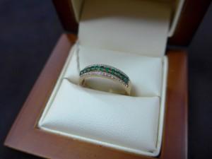 Арт 415-15 Кольцо с бриллиантами и изумрудом, 585 проба, размер 17,5 масса 2.08гр. 7800 рублей