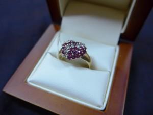 Арт 182-14 Кольцо с бриллиантами и рубином, 585 проба, размер 18, масса 4.23гр. 13.200 рублей