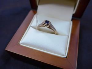 Арт 489-15 Кольцо с бриллиантами и сапфиром, 585 проба, размер 18, масса 3.03гр. 13.000 рублей