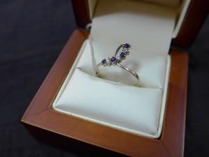 Арт 499-14 Кольцо с бриллиантами и сапфиром, 585 проба, размер 17,5 масса 1.76гр. 7000 рублей