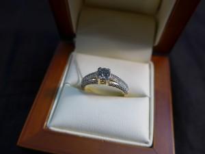 Арт 455-13 Кольцо с  бриллиантами, 585 проба, размер 18,5 масса 3.44гр. 71.500 рублей