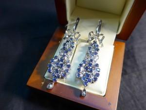 Арт 88-15 Серьги с бриллиантами и сапфирами, 585 проба, масса 13.26 гр. 53.000 рублей