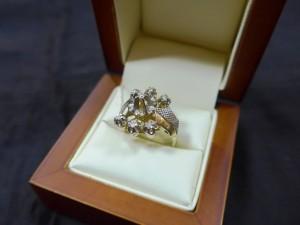 Арт 370-17 Кольцо с бриллиантами, 585 проба, размер 18,5 масса 6.49гр. 19.000 рублей