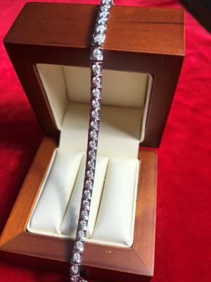 Арт 272-18 Браслет с бриллиантами. 585 проба, масса 11.50 гр. размер 18 114.000 рублей