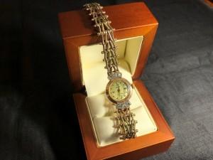 Арт 023979-21 Часы   585 пробы с бриллиантами, вес 28.26гр. размер 18.  80.763 рублей