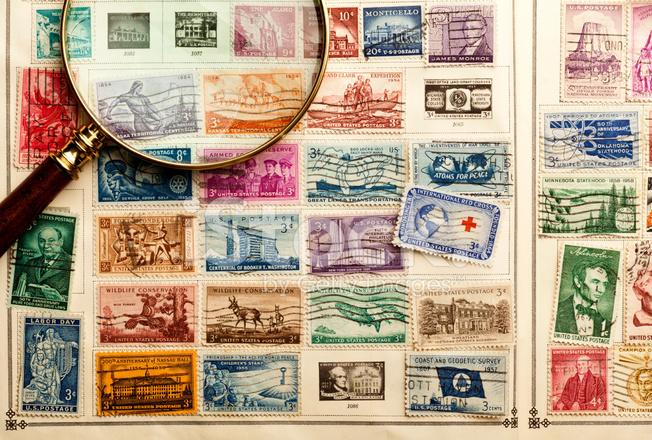 альбом с коллекцией марок