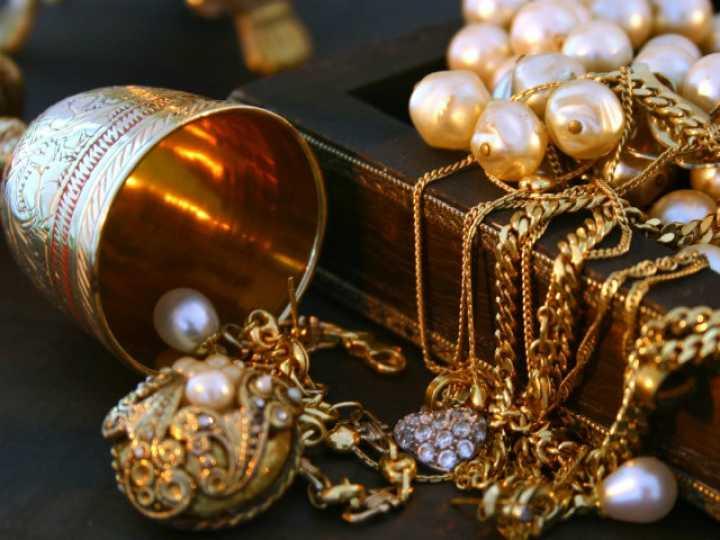 Сдать или заложить золото в ломбард